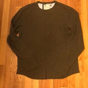 Gap men's long sleeve thermal shirt- large